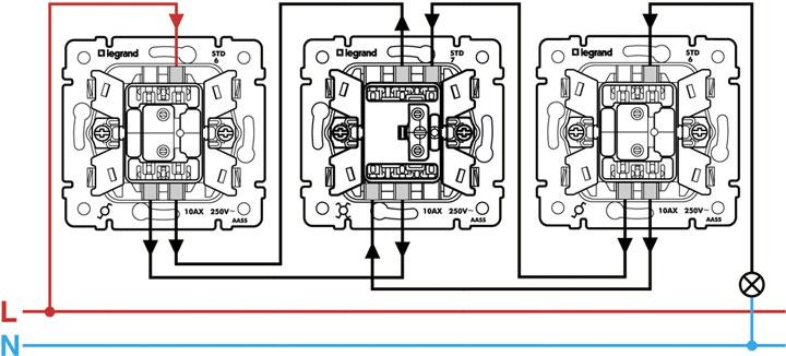 схема подключения перекидного выключателя Legrand Valena