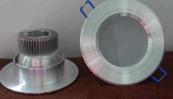 мощный алюминиевый радиатор для охлаждения ламп