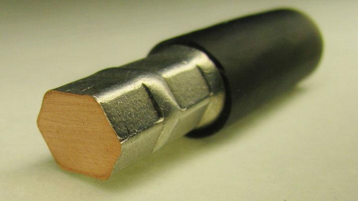 опресованный провод в гильзе в разрезе