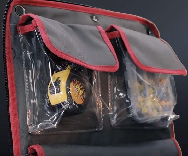 прозрачные внутренние карманы на клапане сумки с09