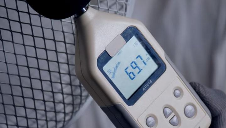 скорость обдува у дешевого напольного вентилятора