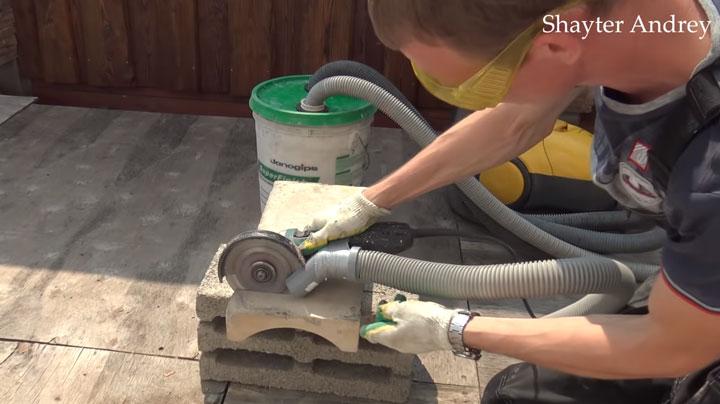 сборка мусора при штроблении бетона самдельным строительным пылесосом