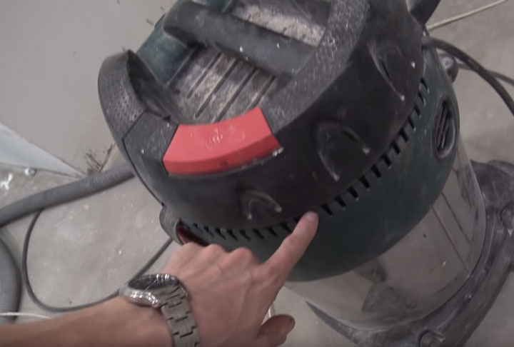 как происходит охлаждение строительного пылесоса