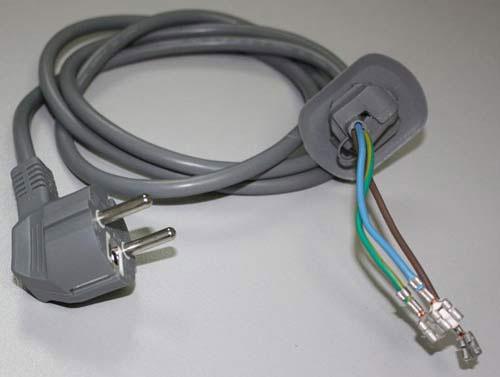 дефект кабеля и вилки питания в стиральной машинке