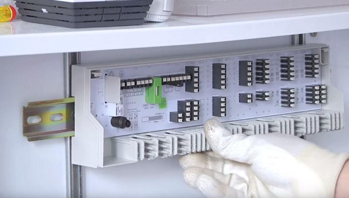 установка клеммной колодки для автоматического регулирования температуры теплых полов