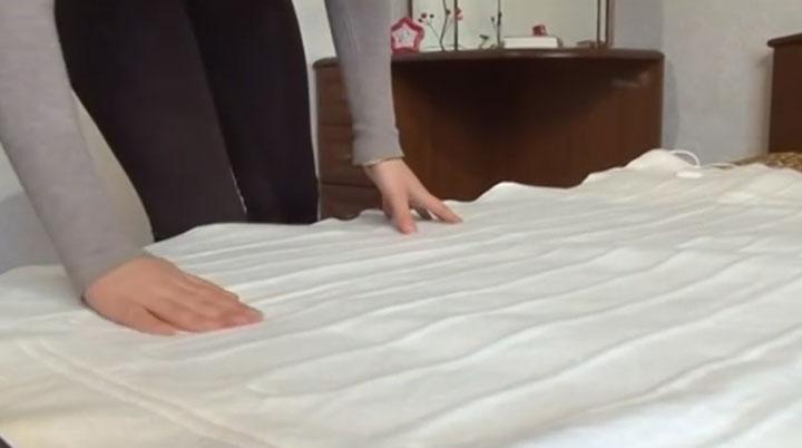 простыня с подогревом и греющим проводом ощущается ли телом