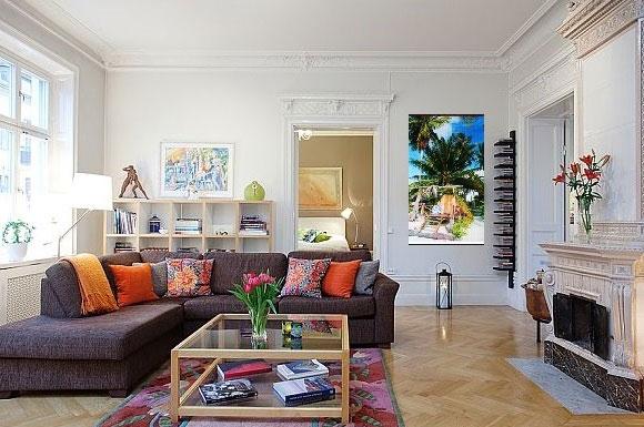 обогреватель в виде картины в интерьере квартиры
