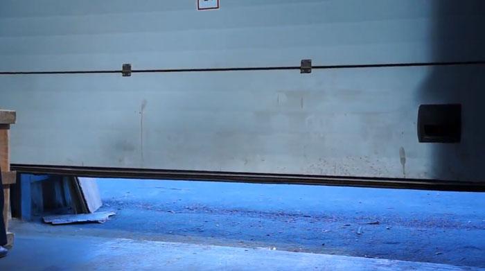 приток свежего воздуха при обогреве гаража газовой пушкой