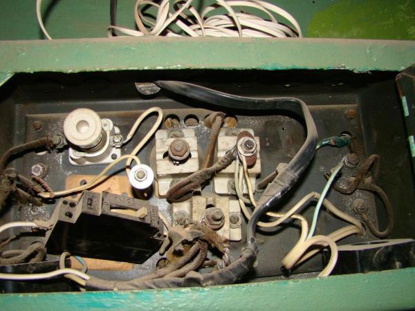 этажный электрощит в неудовлетворительном состоянии
