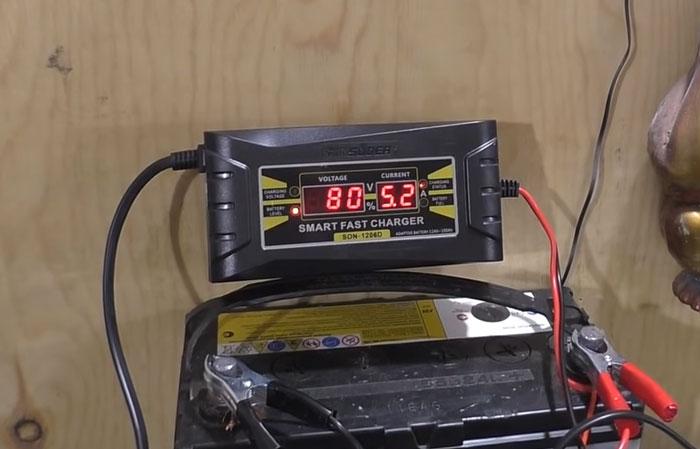 подключение китайской вебасты одновременно от зарядного устройства и аккумулятора