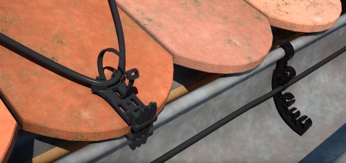 лепестки на защелках для крепежа кабеля обогрева крыши