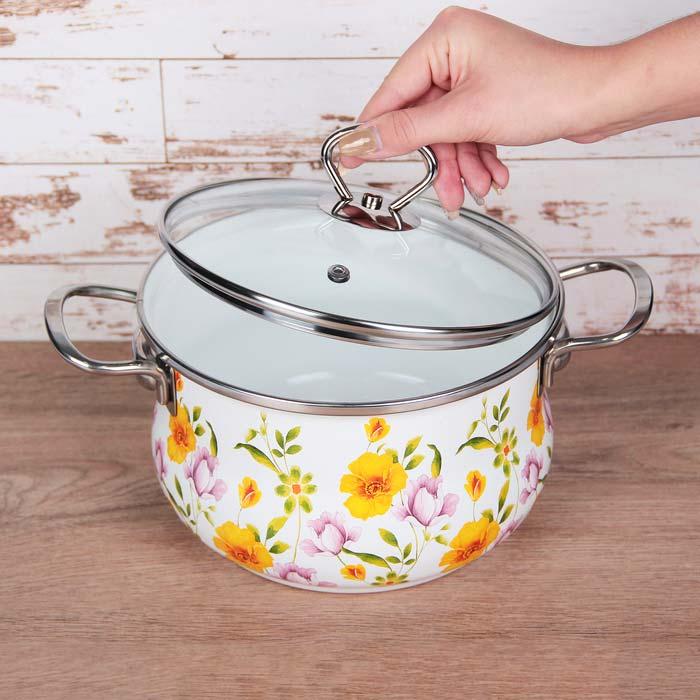 эмалированная посуда хорошо подходит для индукционной панели