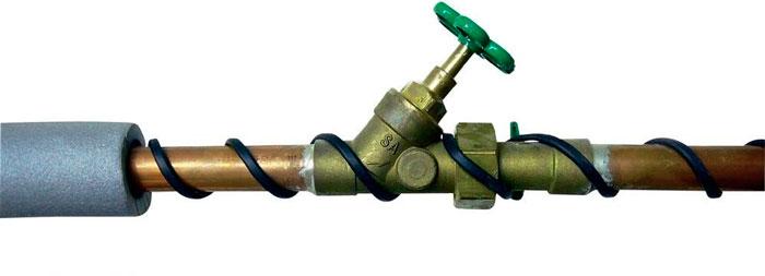 как нельзя наматывать кабель на водопроводную трубу с краном