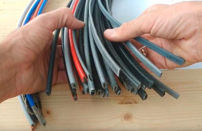 греющий кабеля для наружного обогрева труб с водой