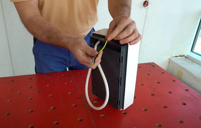 кабель для подключения проточника