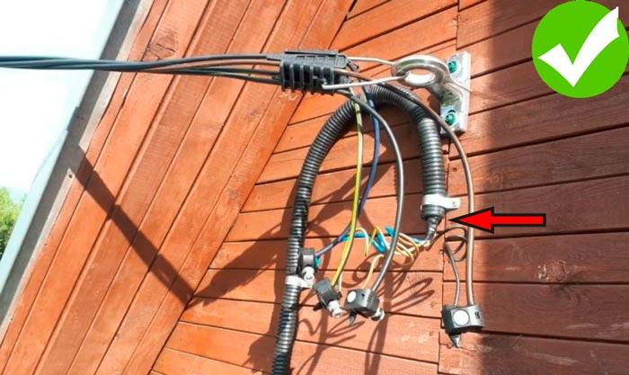правильное подключение кабеля к сип на стене дома