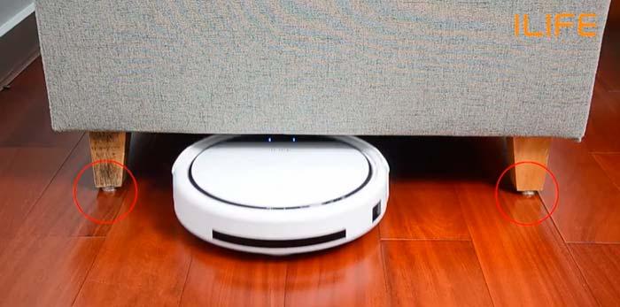 заезд роботы пылесоса под мебель и кровати сколько сантиметров