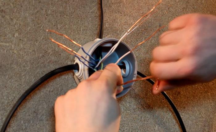 скрутка проводов без пассатижей